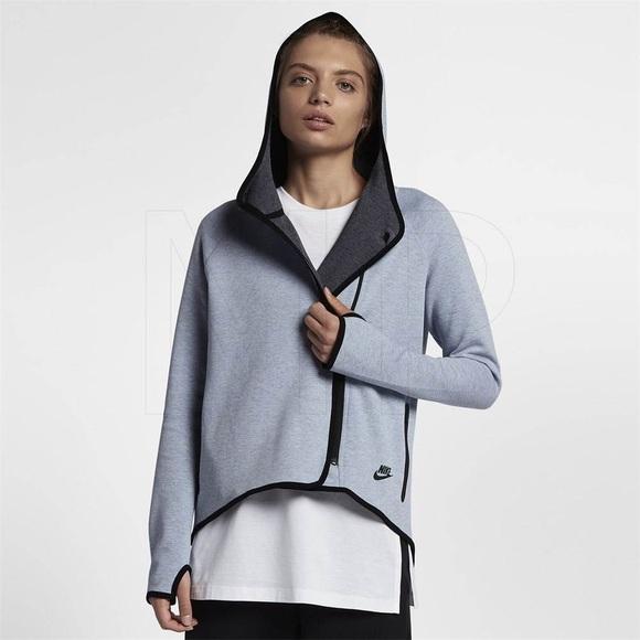 Nike Jackets & Blazers - Nike Tech jacket